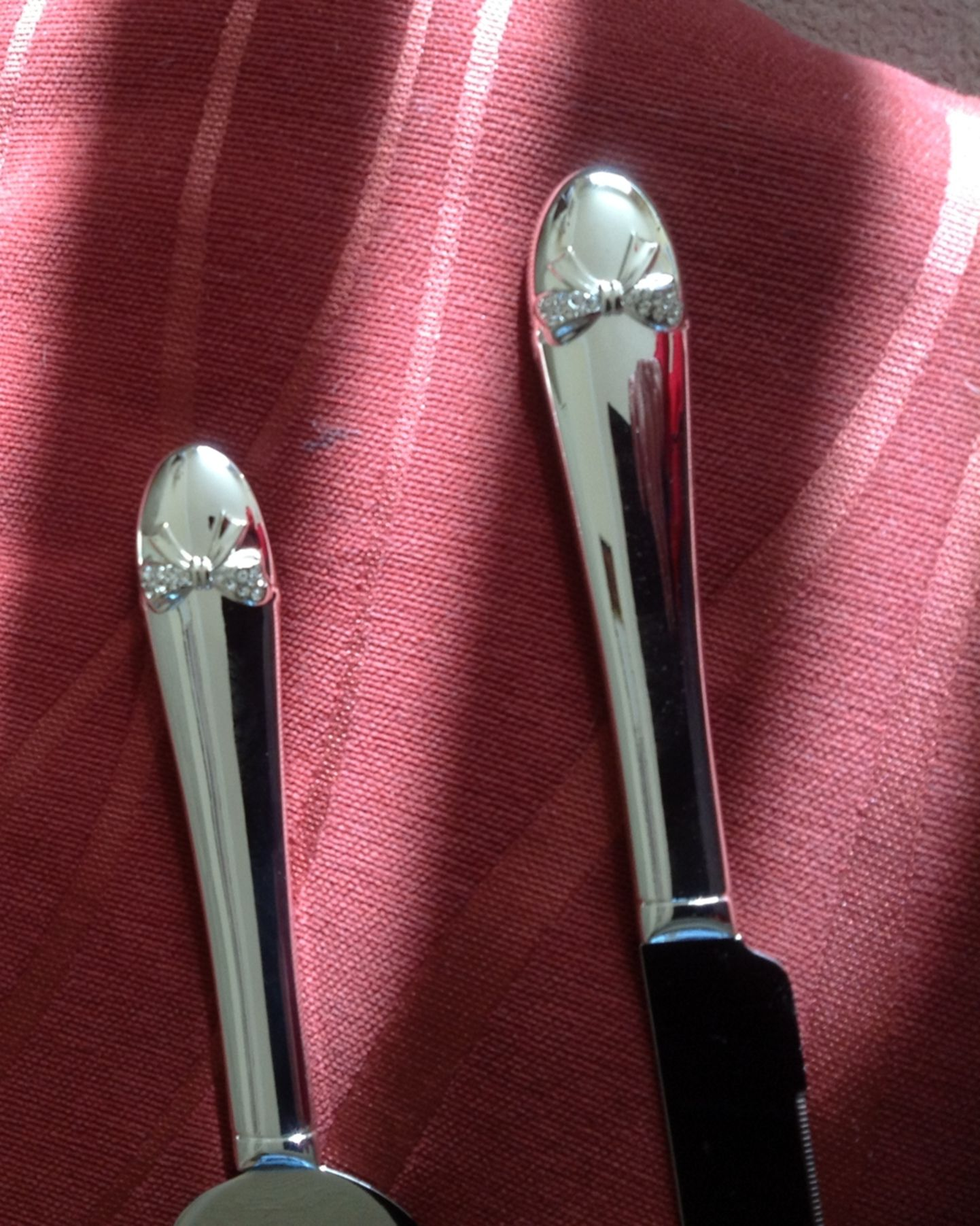 Silver plated crystal bow wedding knife and cake server